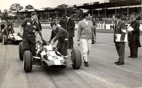 Clark ready for the start of the 1965 British GP at Silverstone - which he won.