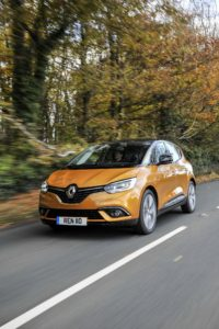 1300359_all-new-renault-scenic-dynamique-s-dci-110-40