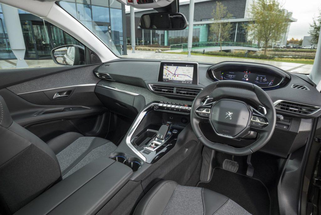 1316953_PEUGEOT 3008 SUV RHD Allure