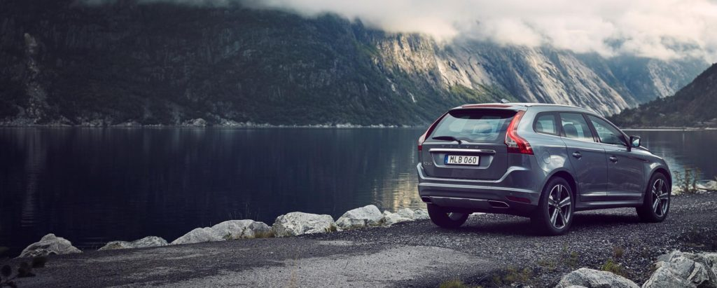 1410318_201092_Volvo_XC60_rear_3_4
