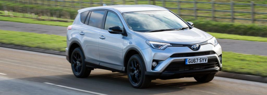 Toyota-RAV4-Hybrid-027