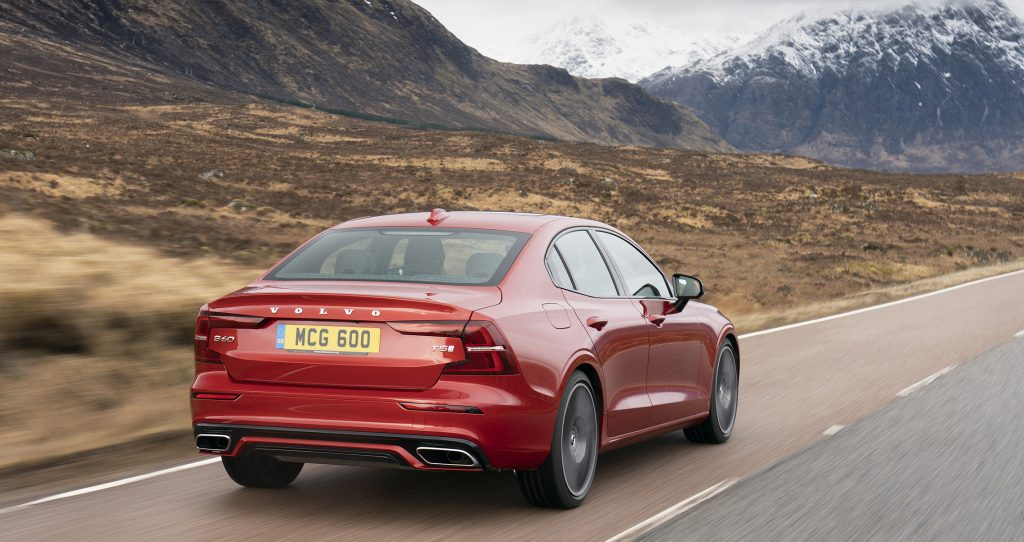 Volvo_S60_Red_26